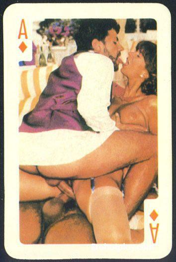Ретро порно игра в карты фото 52-359
